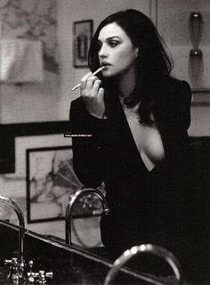 peopl, black clothes, sexi, monica belluci, monica bellucci, woman, lipstick, beauti, actress