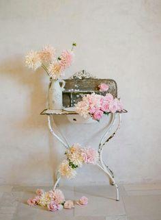decor, the knot, pink flowers, idea, shabby chic, shabbi chic, inspir, elizabeth messina, floral