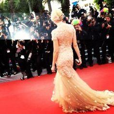 Naomi Watts in Marchesa.