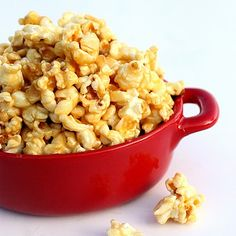 Tiffany's Soft Caramel Popcorn | The Girl Who Ate Everything....add some bugles!!!! mmmmm