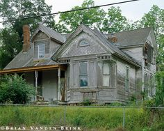 Abandoned home in Vicksburg, Virginia