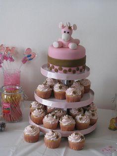Giraffe themed baby shower (vanilla cakes with raspberry filling)