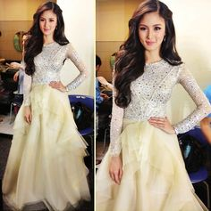 Kim Chiu at the 21st Star Magic Anniv! What do you all think of her outfit?
