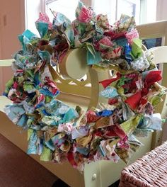 Quilting Tutorials and Fabric Creations | Quilting In The Rain: Fabric Wreaths