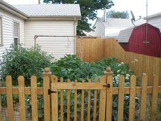 Thrifty Thursday: DIY Garden Gate « The Lazy Homesteader