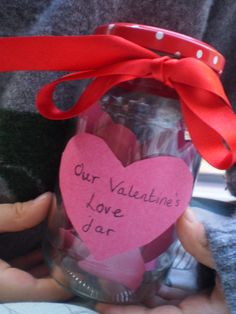 Making a kindness Jar for Valentine's day...1st Feb-14th Feb simple ideas for random acts of kindness that whole families can participate in
