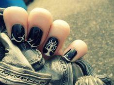 WHOA! Gondor nails!!