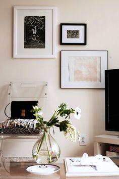 brooklyn apartment, fashion blogs, framed art, art walls