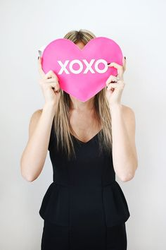 xoxo heart clutch diy