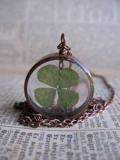 Leaf Clover Pendant