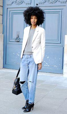 boyfriend jean + white blazer (Julia Sarr Jamois)