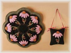 Purple Coneflowers & Ladybugs Penny Rug/Candle Mat pdf E-pattern penny rugs, rug patterns, craft, felt, pennies, mats, summertime, penni rug, wool