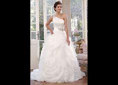 Tis the season for a winter white wedding.