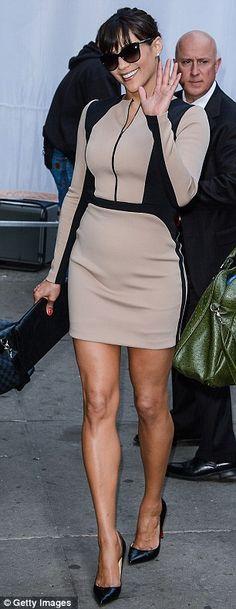 Paula Patton... Sexy & classy....