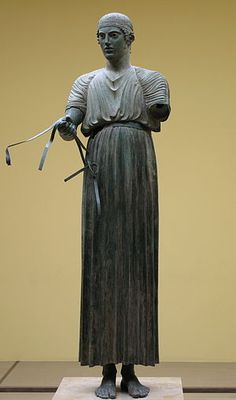 The Charioteer of Delphi (also Heniokhos, the rein-holder), is one of the best-known statues surviving from Ancient Greece, and is considered one of the finest examples of ancient #bronze statues. Found in 1896 at the Sanctuary of Apollo in #Delphi. It is now in the Delphi Archaeological Museum. Erected at Delphi in 474 BC to commemorate the victory of a chariot team in the Pythian Games, which were held at Delphi.