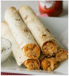 For the Finger Foodie In You: Baked Buffalo Chicken Taquitos