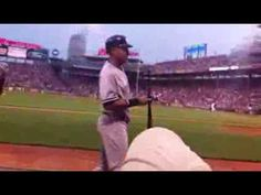 Red Sox Fan Has Funny Herpes Exchange With Derek Jeter At Fenway Park