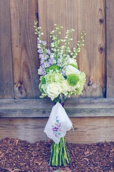 What a gorgeous wedding bouquet! Perfect for a country and garden themed wedding {Ashley Paige Photography}