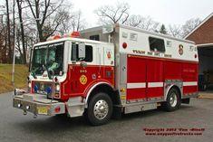 Wyckoff, NJ FD Rescue 243 1989 Mack MC/Saulsbury Heavy Rescue Squad.