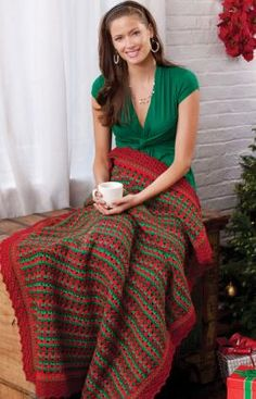 Holiday Striped Throw Crochet Pattern | Red Heart