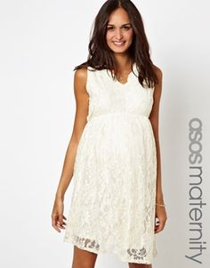 Add lace to your maternity wardrobe this spring.  So perfect for your baby shower! Love!