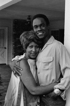 Glynn Turman & Aretha Franklin  The famous couple you never knew was a couple.