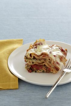 Slow Cooker Lasagna from familycircle.com #slowcooker