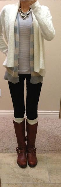 nice fall outfit. cozy.