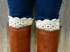 Crochet Boot Cuffs {free pattern}