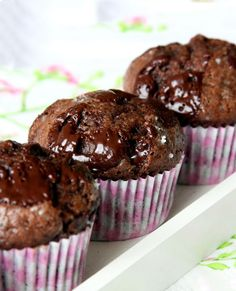 Recipe: Salted Double Chocolate Muffins | eatwell101.com
