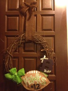Seahawks welcome wreath