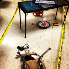 Preposition crime scene in Spanish class. Students use scene to describe location of objects and then followed up with a writing activity. #realidades2b write activ, 12001200 pixel, spanish class activities, preposition activities, prepositions of location, crime scene, spanish classroom activities, writing activities, spanish activities