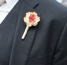 A Paper Flowers Boutonniere. It looks so realistic!