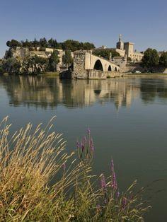 Pont Saint-Benezet, Avignon, France