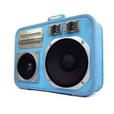 If I had an extra $800 layin' around, I run (not walk) to get one of these. Boom boxes built out of suitcases - very cool.
