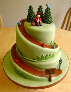 Hiking cake and how to carve a spiral cake