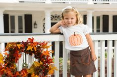 In love with this fall pumpkin outfit!!