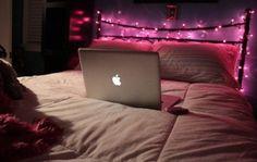 Pink bedroom fairy lights   48 romantic bedroom lighting ideas