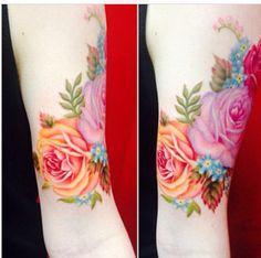 tattoo idea, astacia tattoo, coloured flower tattoos, colour flower tattoo, tattoo water flower