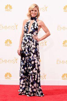 Julie Bowen in Peter Som at the Emmys 2014