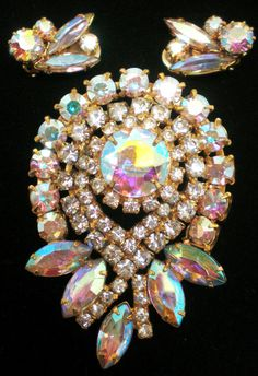 Vintage Antique Brooch Earring Set Aurora Borealis by BagsnBling, $45.00