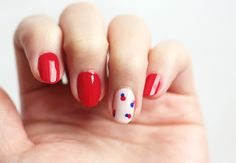 Nail Art: Simple, Retro Nails. For 4th of July for me.