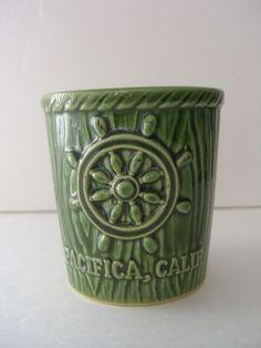 Vintage Moonraker Restaurant Pacifica California Sailler collectable Green mug