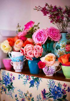 colorful flowers, vintage teacups, rose, flowers vintage, teacup gardens, spring blooms, summer weddings, floral, bridal showers