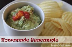 Easy Homemade Guacamole Recipe - perfect for the summer barbecues!