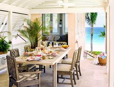 CHIC COASTAL LIVING: HARBOUR ISLAND CASTAWAY CHIC