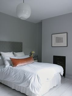 london home, grey walls, grey bedrooms, pillow, winter travel