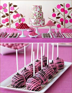 dessert tables, pink desserts, pink cakes, party themes, dessert buffet, candi, cake pops, shower, pink parties