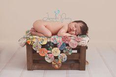 Newborn Photo, Newborn posing - Leandri Perry Photography