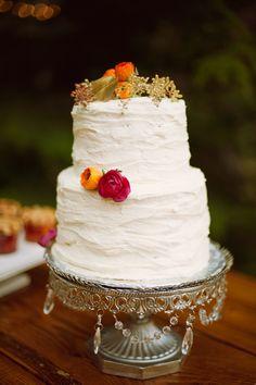 photo shoot wedding cake
